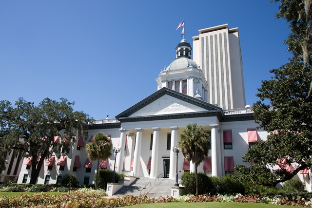 FL Legislature old building w-new in back shot from side view-Web.jpg